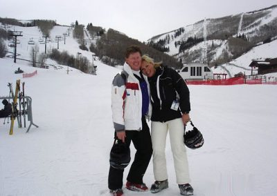 Happy couple on the slopes