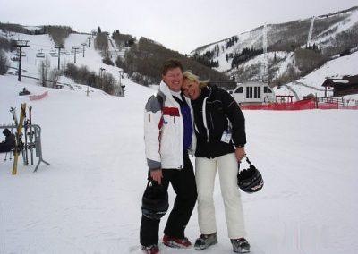 ccsc-happy-couple-snow