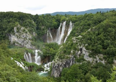 plitvice-lakes-falls-croatia-cycling